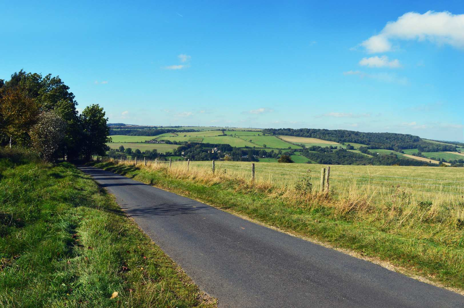Around The Cotswolds Road cycling